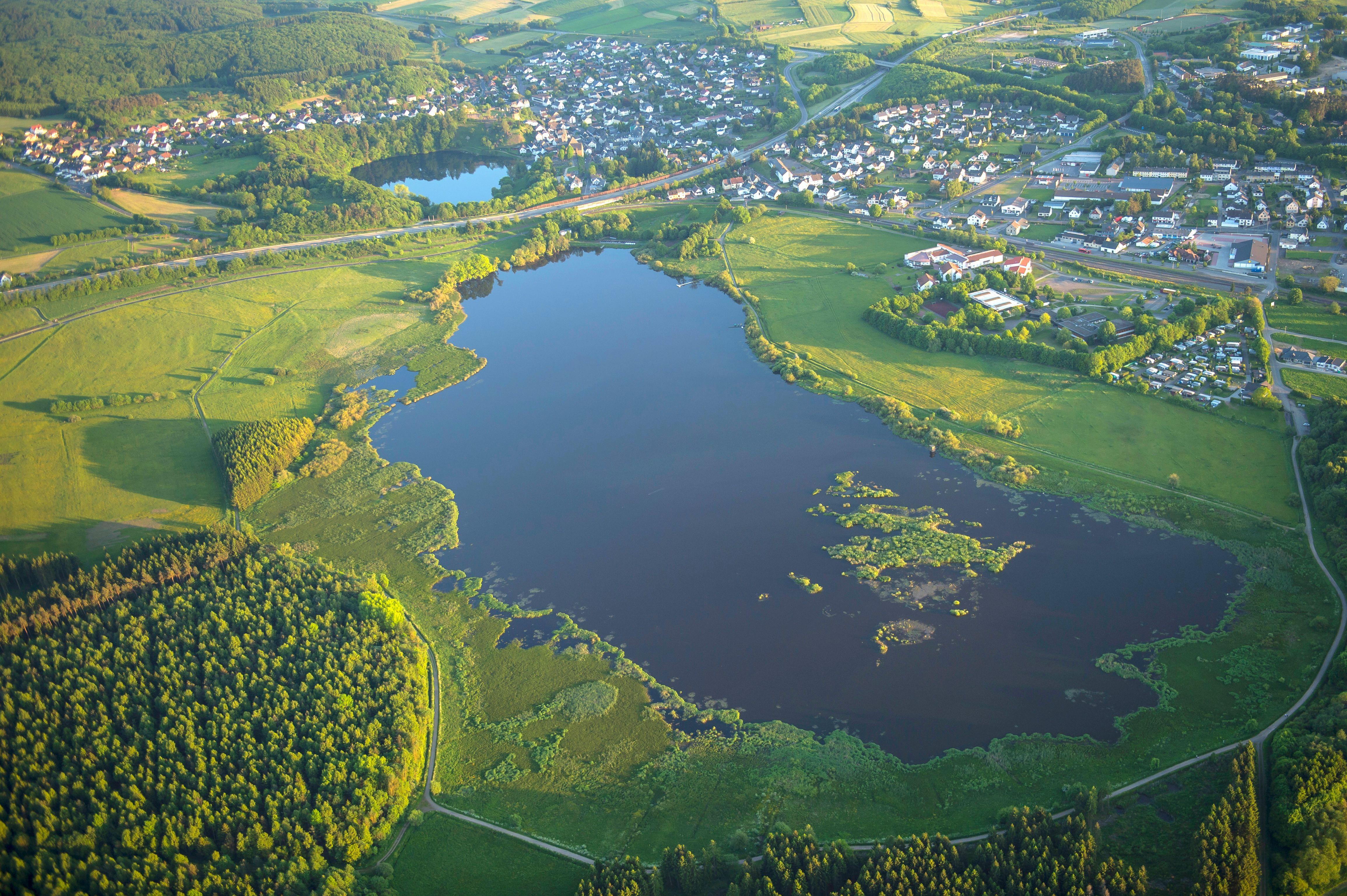 Jungferweiher und Ulmener Maar Foto: Natur- und Geopark Vulkaneifel
